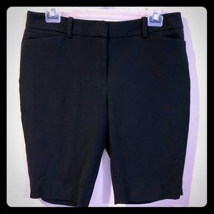 🔴 White House Black Market Bermuda Shorts - EUC